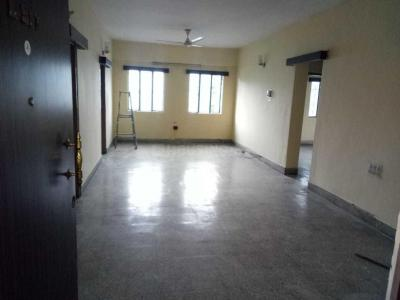 Gallery Cover Image of 1350 Sq.ft 3 BHK Apartment for rent in Ushas Apartments, Jayanagar for 26000