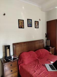 Gallery Cover Image of 1500 Sq.ft 2 BHK Apartment for rent in Worli for 120000