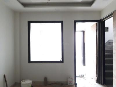 Gallery Cover Image of 750 Sq.ft 2 BHK Independent Floor for buy in Shastri Nagar for 7200000