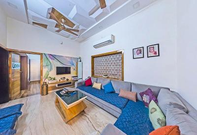Gallery Cover Image of 2160 Sq.ft 5 BHK Independent House for buy in Shahibaug for 25000000