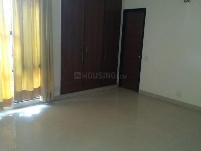 Gallery Cover Image of 1800 Sq.ft 3 BHK Apartment for buy in Sector 20 for 9000000