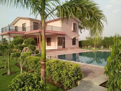 Gallery Cover Image of 1296 Sq.ft 3 BHK Villa for buy in Sector 132 for 6840000
