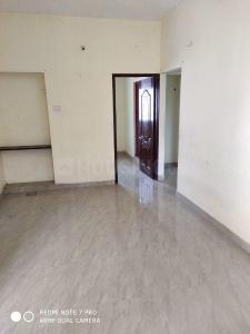 Gallery Cover Image of 750 Sq.ft 2 BHK Apartment for rent in Chromepet for 12000