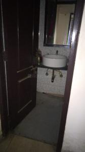Gallery Cover Image of 1250 Sq.ft 2 BHK Apartment for rent in Shipra Neo, Shipra Suncity for 17000
