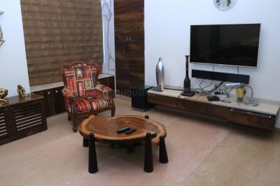 Gallery Cover Image of 2000 Sq.ft 4 BHK Apartment for rent in Ekta Lake Homes, Powai for 140000