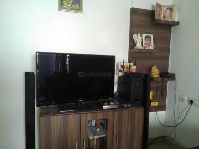 Gallery Cover Image of 1217 Sq.ft 2 BHK Apartment for rent in Dwaraka Trendz, Gachibowli for 23500