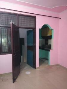 Gallery Cover Image of 350 Sq.ft 1 BHK Independent Floor for rent in Vaishali for 6500
