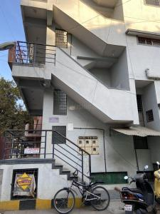 Gallery Cover Image of 750 Sq.ft 1 BHK Independent Floor for rent in RMV Extension Stage 2 for 35000