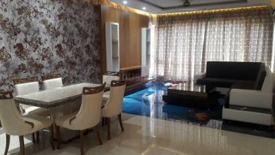 Gallery Cover Image of 1100 Sq.ft 2 BHK Apartment for rent in Marine Lines for 120000