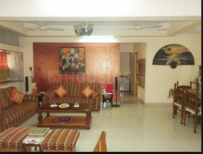 Gallery Cover Image of 3150 Sq.ft 4 BHK Apartment for buy in Parel for 125000000