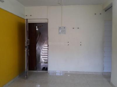 Gallery Cover Image of 820 Sq.ft 2 BHK Apartment for rent in Ghatkopar West for 32000