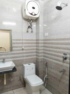 Gallery Cover Image of 16600 Sq.ft 5+ BHK Independent House for buy in Sector 38 for 30000000