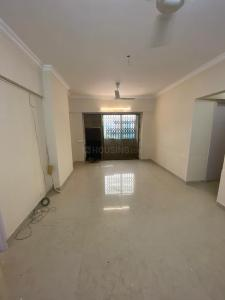 Gallery Cover Image of 840 Sq.ft 2 BHK Apartment for buy in Andheri West for 23500000