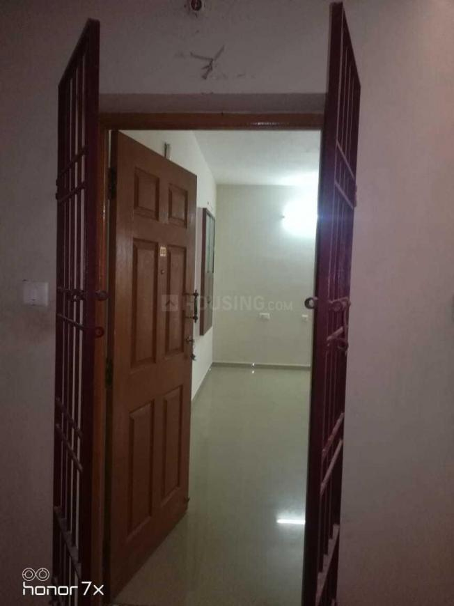 Living Room Image of 1100 Sq.ft 2 BHK Apartment for rent in Selaiyur for 11000