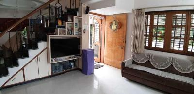 Gallery Cover Image of 1800 Sq.ft 4 BHK Villa for buy in Subhanpura for 18000000