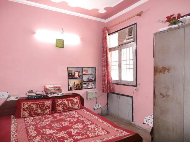 Bedroom Image of PG 4035905 Pul Prahlad Pur in Pul Prahlad Pur