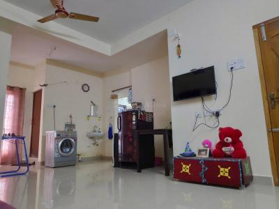 Gallery Cover Image of 800 Sq.ft 2 BHK Apartment for rent in Sithalapakkam for 19000