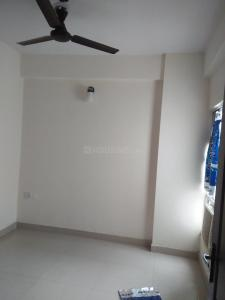 Gallery Cover Image of 1050 Sq.ft 2 BHK Apartment for rent in Emenox Brave Hearts Plaza, Meerut Road Industrial Area for 5000