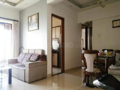 Gallery Cover Image of 1100 Sq.ft 2 BHK Apartment for rent in Malad West for 35000