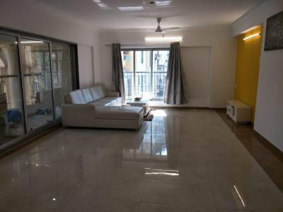 Gallery Cover Image of 2335 Sq.ft 3 BHK Apartment for buy in Powai for 46300000
