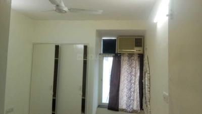 Gallery Cover Image of 300 Sq.ft 1 RK Apartment for rent in  RWA Greater Kailash 1 Block S, Greater Kailash I for 16000