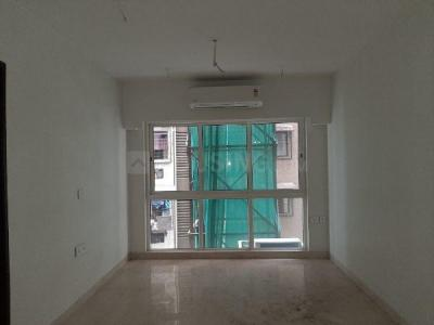 Gallery Cover Image of 780 Sq.ft 2 BHK Apartment for rent in Kurla West for 50000