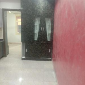 Gallery Cover Image of 1050 Sq.ft 2 BHK Apartment for buy in Sector 62 for 2600000