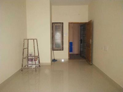 Gallery Cover Image of 860 Sq.ft 2 BHK Apartment for buy in Medavakkam for 4600000