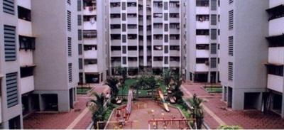 Gallery Cover Image of 950 Sq.ft 2 BHK Apartment for rent in Satellite Garden, Goregaon East for 36000