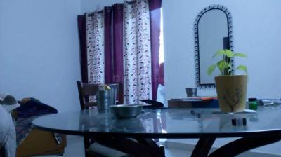 Gallery Cover Image of 1150 Sq.ft 2 BHK Apartment for rent in Chi V Greater Noida for 12000