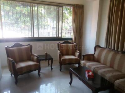 Gallery Cover Image of 550 Sq.ft 1 BHK Apartment for rent in Bandra West for 65000