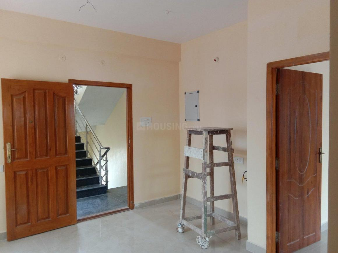 Living Room Image of 696 Sq.ft 2 BHK Apartment for buy in Ambattur for 3375600