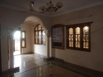 Gallery Cover Image of 800 Sq.ft 2 BHK Independent Floor for rent in Rajajinagar for 16000