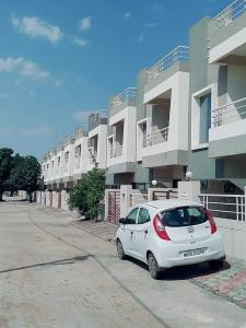 Gallery Cover Image of 600 Sq.ft 2 BHK Independent House for buy in Pumarth Bliss I, Manglia for 2000000
