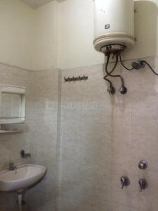 Gallery Cover Image of 750 Sq.ft 1 BHK Apartment for rent in Rangpuri for 10000