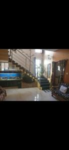 Gallery Cover Image of 2400 Sq.ft 5 BHK Independent House for rent in Singasandra for 35000