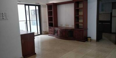 Gallery Cover Image of 1000 Sq.ft 2 BHK Apartment for rent in Bandra West for 110000