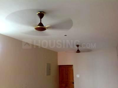 Gallery Cover Image of 931 Sq.ft 2 BHK Apartment for rent in Velachery for 18000