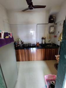 Gallery Cover Image of 728 Sq.ft 2 BHK Apartment for rent in Thane West for 19500