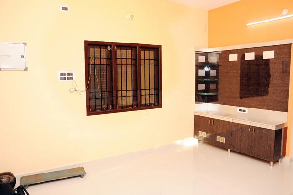 Bedroom Image of 1800 Sq.ft 3 BHK Independent House for rent in Korattur for 20000