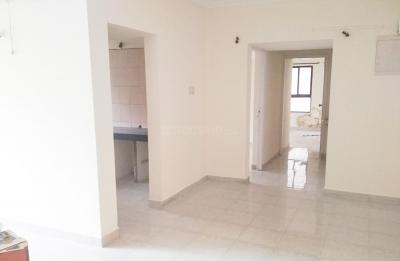 Gallery Cover Image of 1600 Sq.ft 3 BHK Apartment for rent in Ghorpadi for 25000