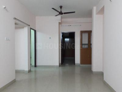 Gallery Cover Image of 1300 Sq.ft 2 BHK Apartment for rent in Choolaimedu for 24000