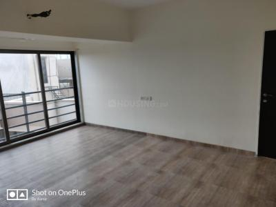 Gallery Cover Image of 1150 Sq.ft 3 BHK Apartment for buy in Ghatkopar West for 25600000