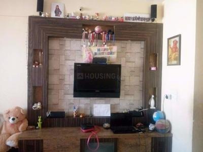 Gallery Cover Image of 945 Sq.ft 2 BHK Apartment for rent in Thane West for 25000