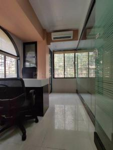 Gallery Cover Image of 1300 Sq.ft 2 BHK Apartment for rent in Galaxy Heights, Goregaon West for 40000