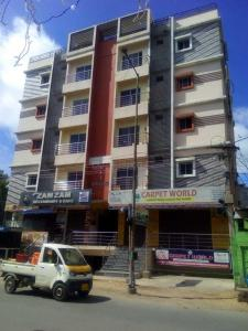Gallery Cover Image of 1190 Sq.ft 3 BHK Apartment for buy in New Mallepally for 4500000