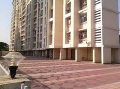 Gallery Cover Image of 900 Sq.ft 3 BHK Apartment for rent in Gundecha Altura, Kanjurmarg West for 45000