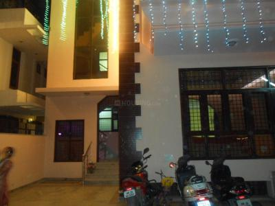 Gallery Cover Image of 1200 Sq.ft 1 BHK Independent House for rent in Sector 56 for 20000