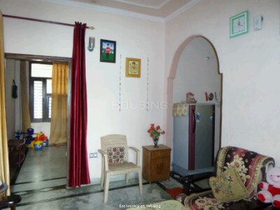 Gallery Cover Image of 700 Sq.ft 2 BHK Apartment for buy in Shastri Nagar for 2250000