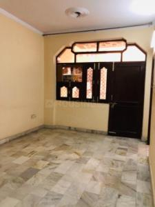 Gallery Cover Image of 1000 Sq.ft 3 BHK Independent Floor for rent in Sector 3 Rohini for 24000